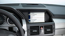 New Mercedes iPhone Cradle Allows full Vehicle Integration