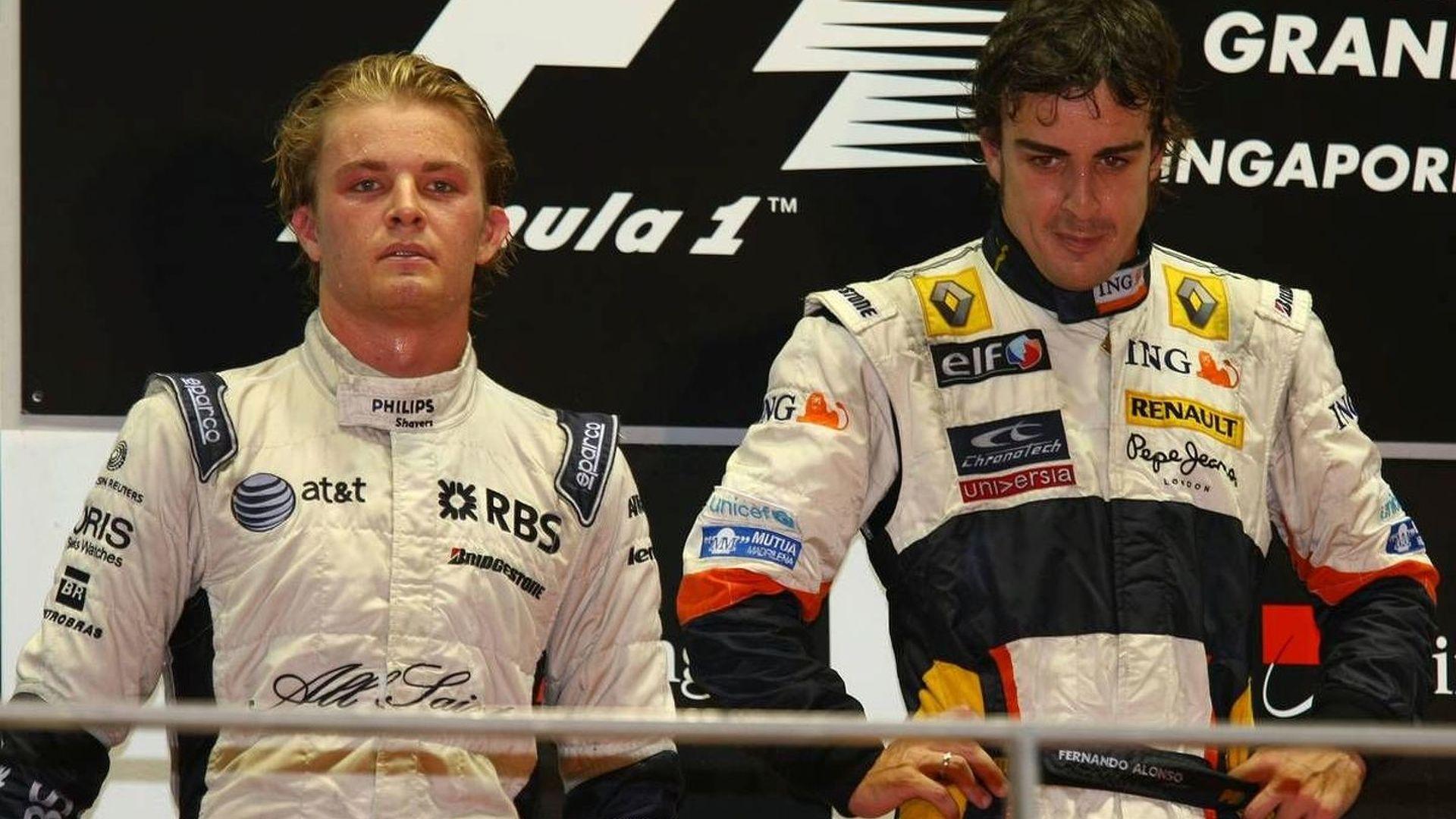 Stewards investigating Alonso-Rosberg pitlane incident