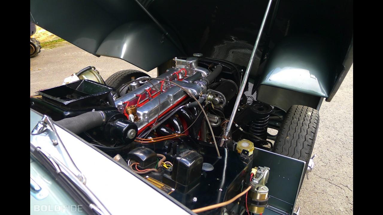 Aston Martin DB2/4 Saloon