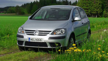 VW Golf Plus 1.6l FSI on location in Helsinki