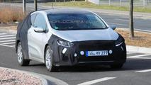 Kia pro_cee'd facelift spy photo