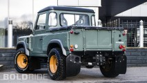 A. Kahn Design Land Rover Defender 2.4 TDCI 90 Pick Up