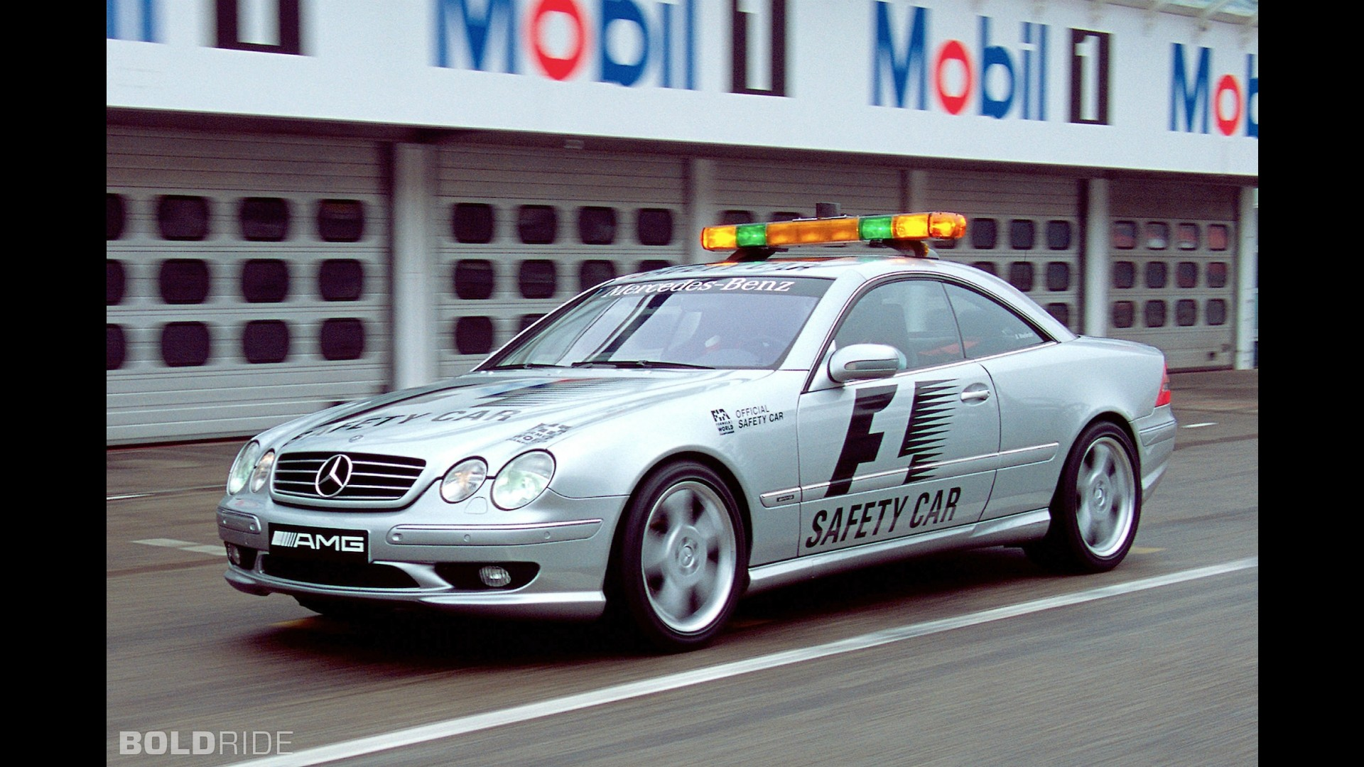Mercedes benz cl55 amg f1 safety car for Mercedes benz f1 car