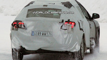 Renault Megane Grand Tour Spied with a Little Less Camo
