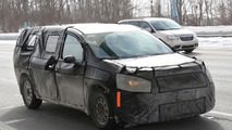 2017 Chrysler Town & Country to have upgraded V6 engine, optional AWD