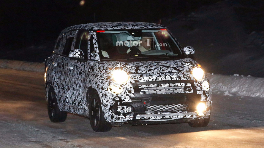 Fiat 500L refresh spied testing with a new grille