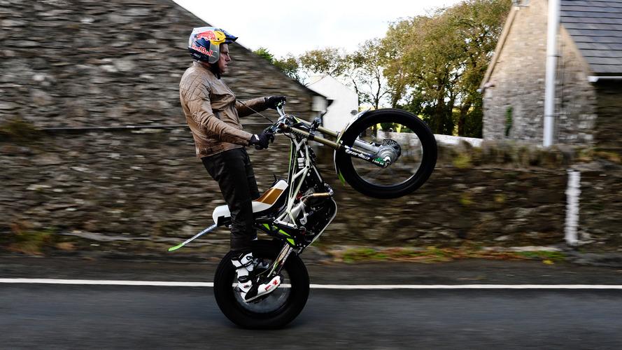 Trials champ wheelies entire TT Course