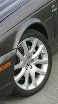 2009 Jaguar XJ Portfolio To Debut At Geneva