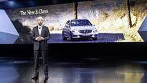 2014 Mercedes E-Class live in Detroit 14.01.2013