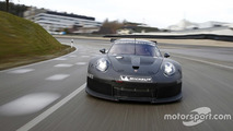 2017 Porsche 911 GTE racer spotted testing with turbo body