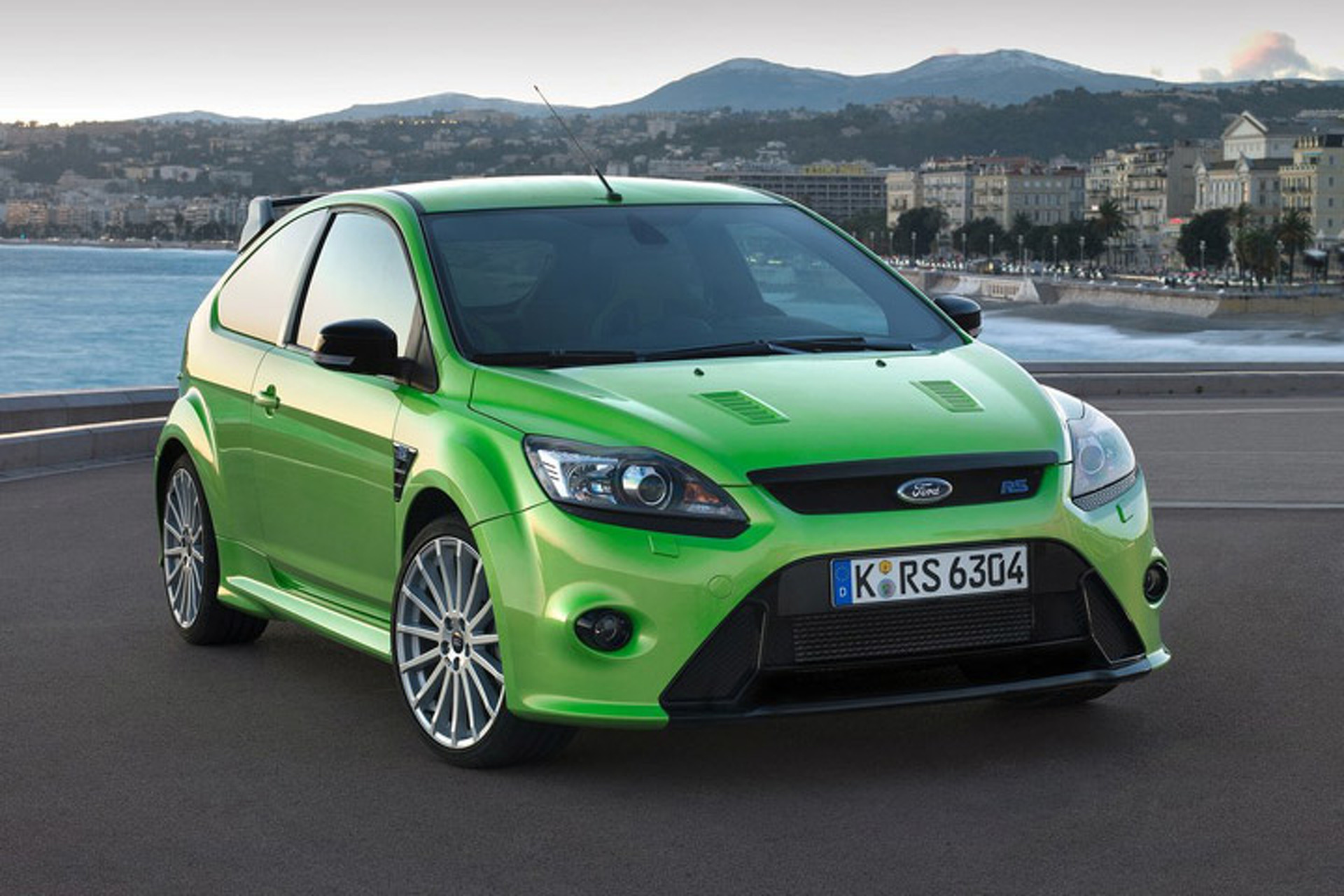 What Happened to the Ford Focus RS?