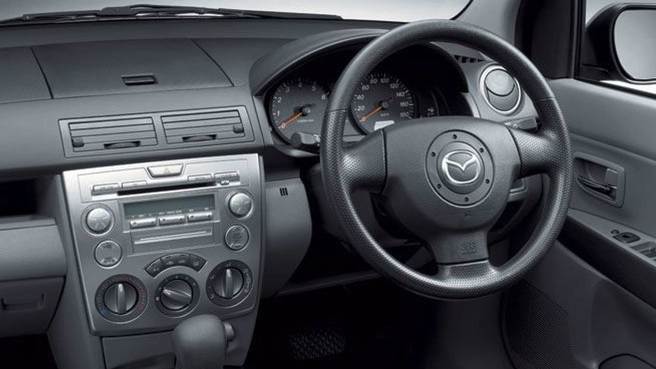 New Mazda2 / Demio Casual Interior