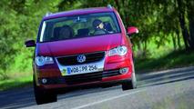 New Volkswagen Touran Facelift: In Detail