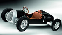Auto Union Type C e-tron study revealed at Nuremberg Toy Fair