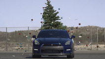 Nissan shows the fastest way to remove Christmas ornaments [video]