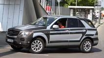 2012 Mercedes M-Class spied AMG package 26.04.2011