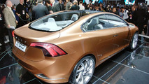 2011 Volvo S60 Previewed to Blind Artist [video]
