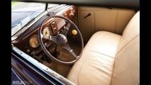 Ford Deluxe Convertible Sedan
