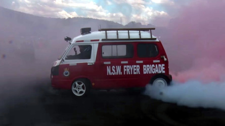 This Australian Subaru Microvan Is An Epic 1500-Pound Tire Fryer