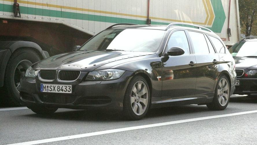 SPIED: BMW 3-Series Touring Wagon Minor Facelift