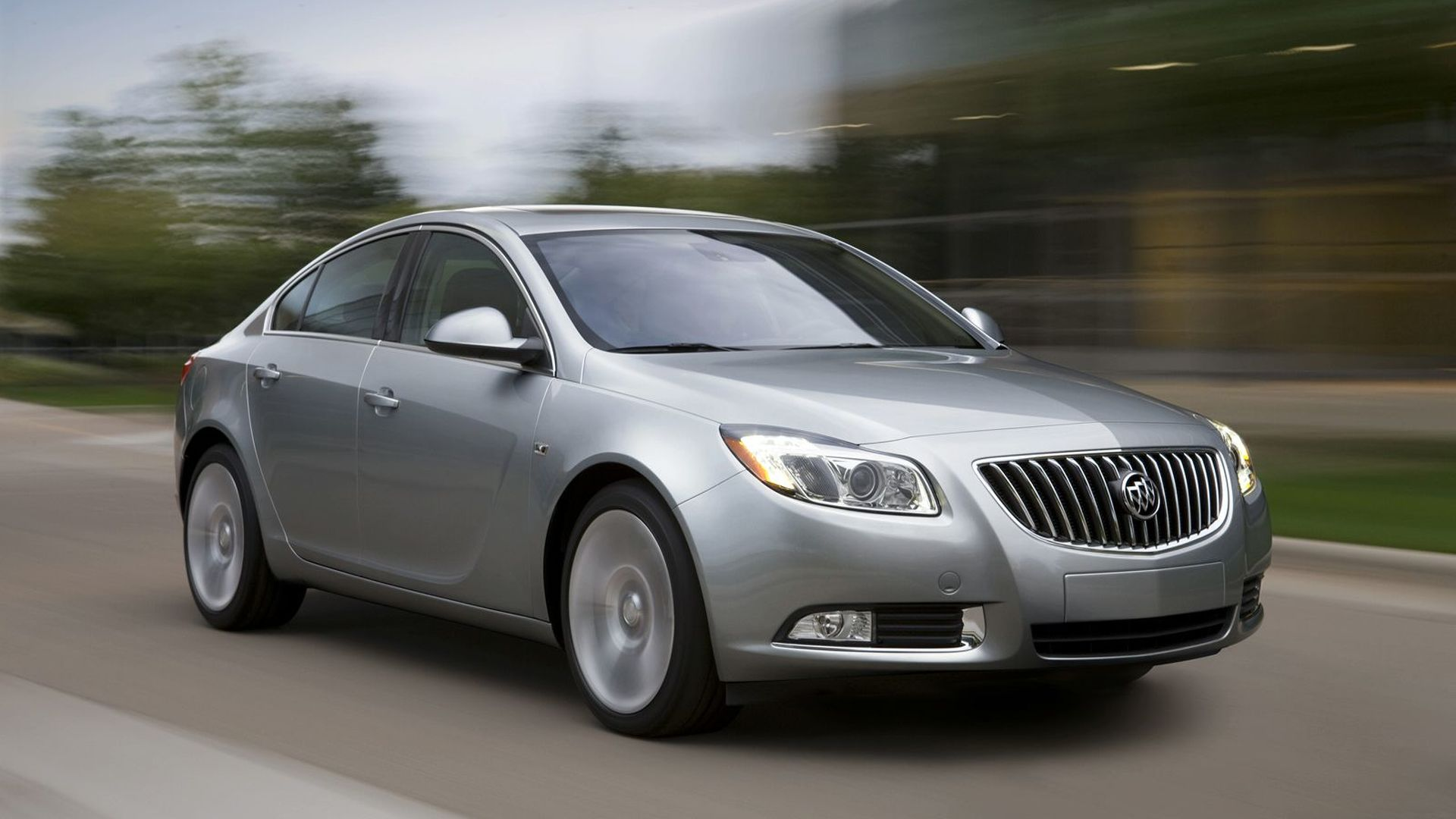 2011 Buick Regal Revealed