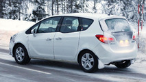 2014 Opel Meriva facelift spy photo 15.02.2013 / Automedia