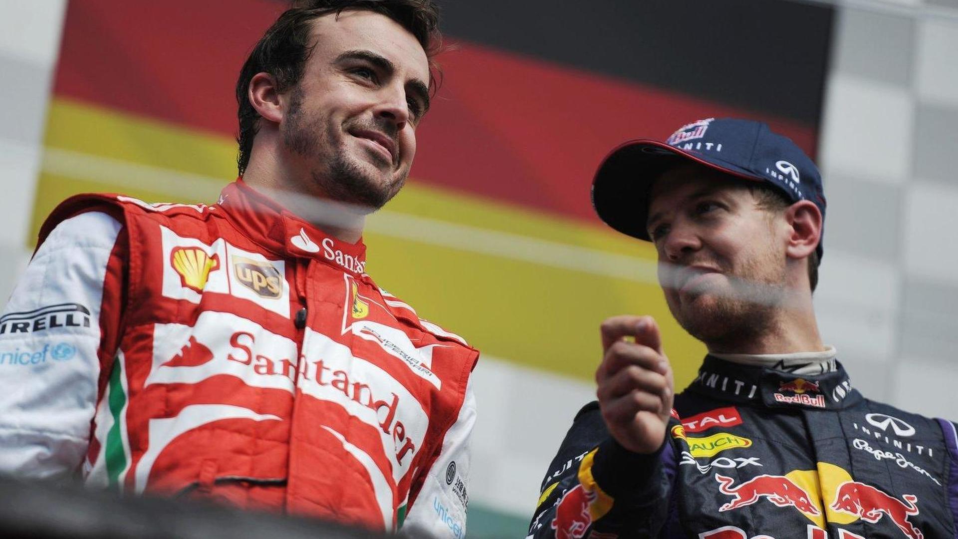 F1 peers split over Vettel versus Alonso question