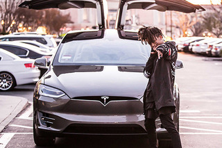Jayden Smith Spotted With a Tesla Model X Before (Almost) Everyone Else