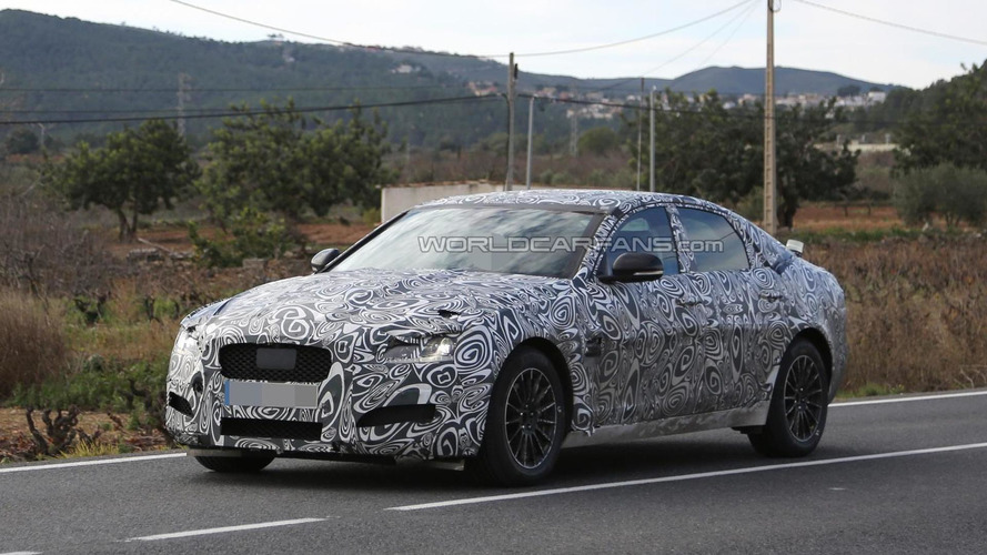 Second generation Jaguar XF spied during final testing