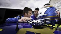 Subaru shows Mark Higgins' record setting lap at the Isle of Man [video]