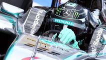 Rosberg 'bigger killer' than Hamilton - Villeneuve