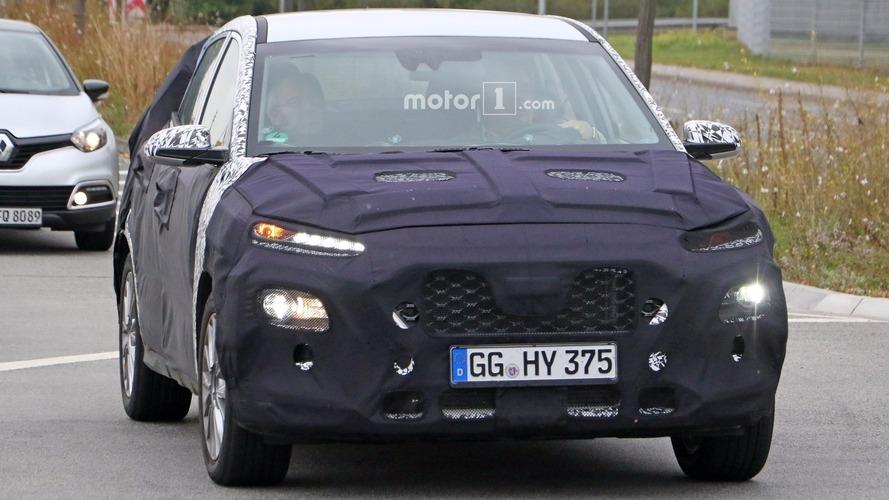 2018 Hyundai subcompact crossover spy photos