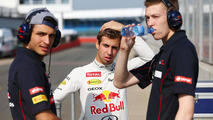 Kvyat denies sponsors powered F1 debut