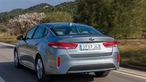 Euro-spec Kia Optima Plug-in Hybrid