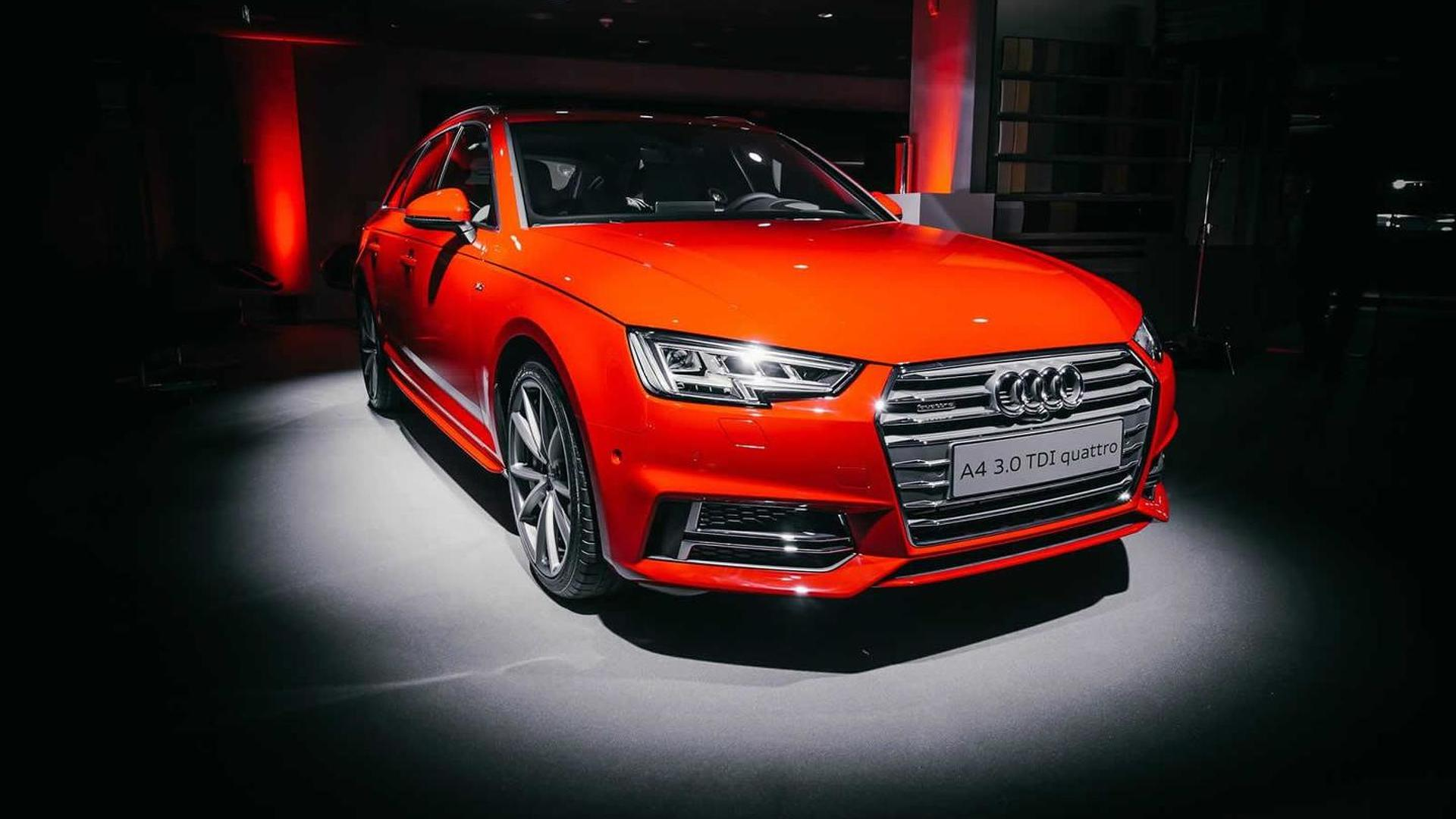 Audi drops a handful of live shots with the 2016 A4 Avant