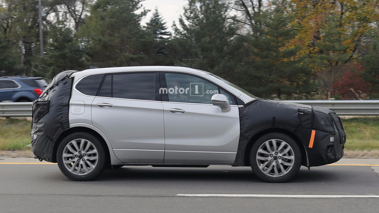 2014 - [Buick] Envision - Page 4 Buick-envision-refresh-spy-photos