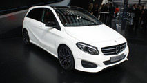 2015 Mercedes-Benz B-Class facelift at 2014 Paris Motor Show
