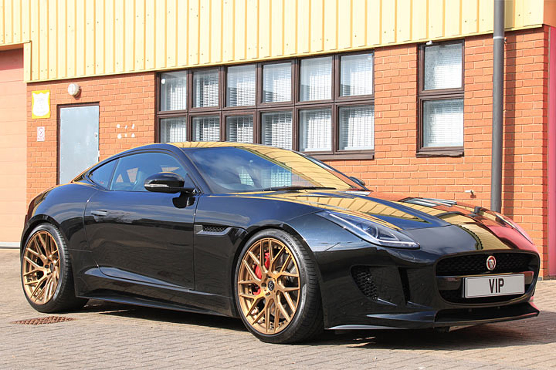 'Project Predator' Gives the Jaguar F-Type an Extra 100HP