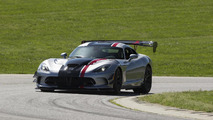 2016 Dodge Viper ACR goes up for order, costs $117,895