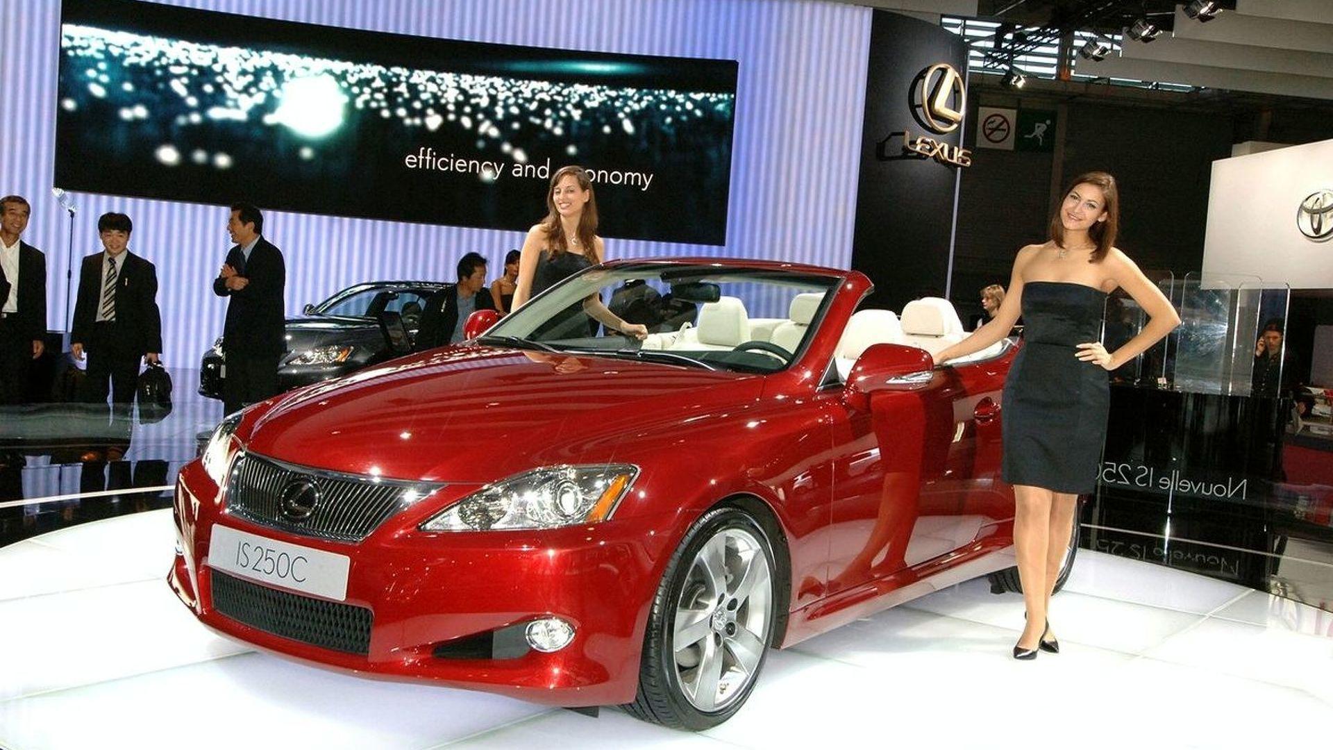Lexus IS 250 Convertible Revealed in Paris