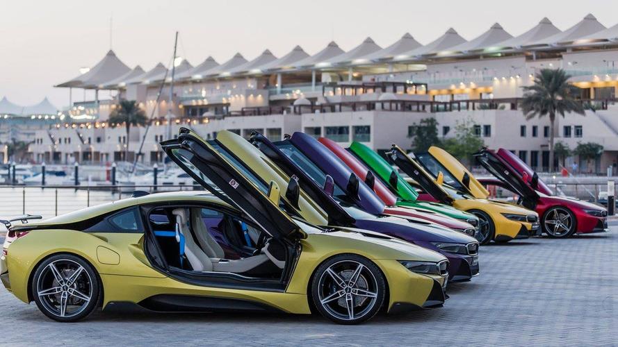 Voici les BWM i8 colorées pour les Emirats Arabes Unis