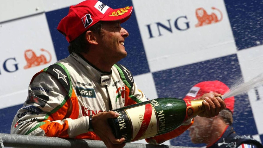 Fisichella to replace Badoer for rest of 2009