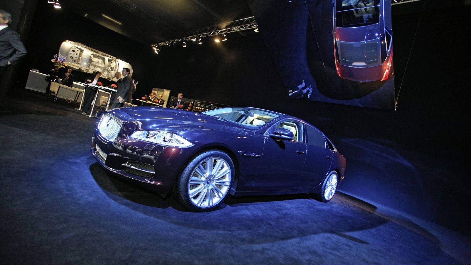 Jaguar XJ Quietly Joins the Frankfurt Circus
