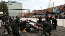Pit stop competition F1(2003)