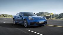 2017 Porsche Panamera 4S promo videos will make your day