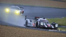 Le Mans 24 Hours: Porsche still on top after wet second qualifying