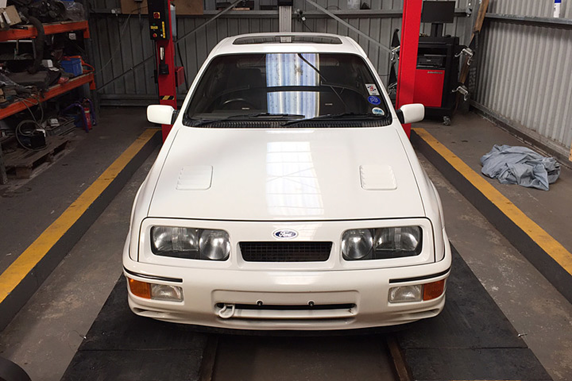 Barn Find Ford Sierra Cosworth Stored After Less Than a Mile