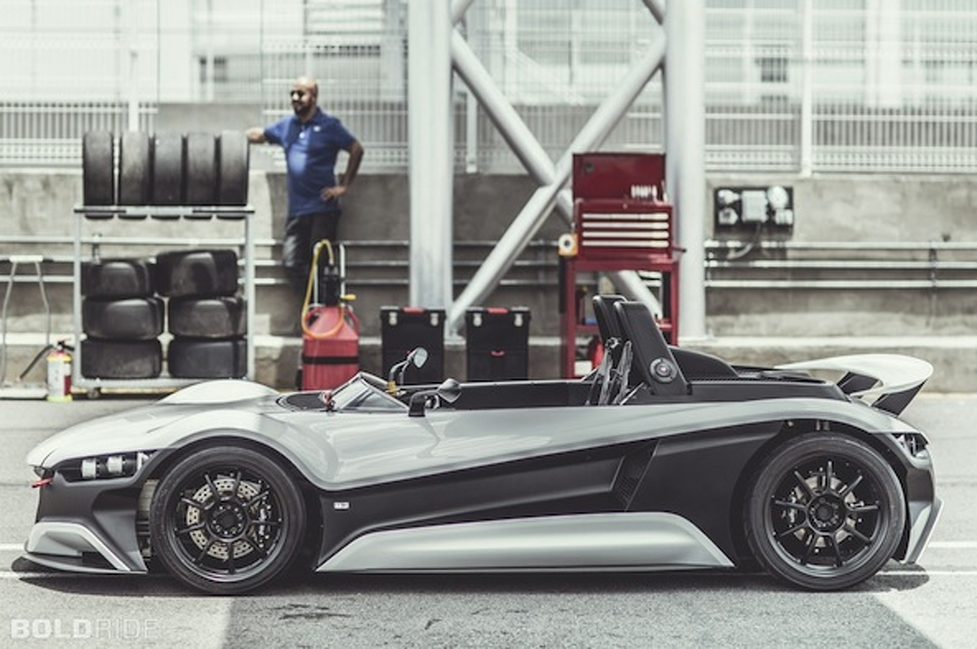 Mexican Startup VUHL Unveils EcoBoost-Powered 05 Track Car