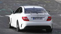 Mercedes C63 AMG Black Series Coupe spy photo - 23.8.2011
