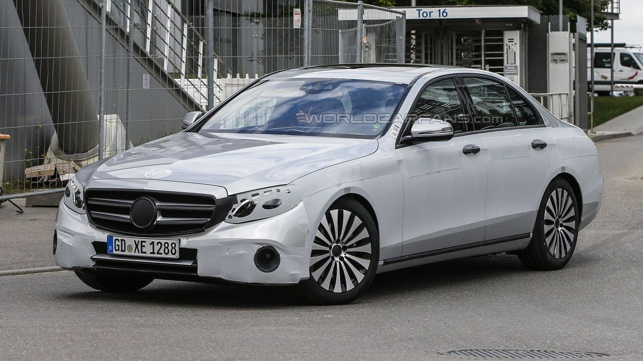 2017 Mercedes E-Class spy photos